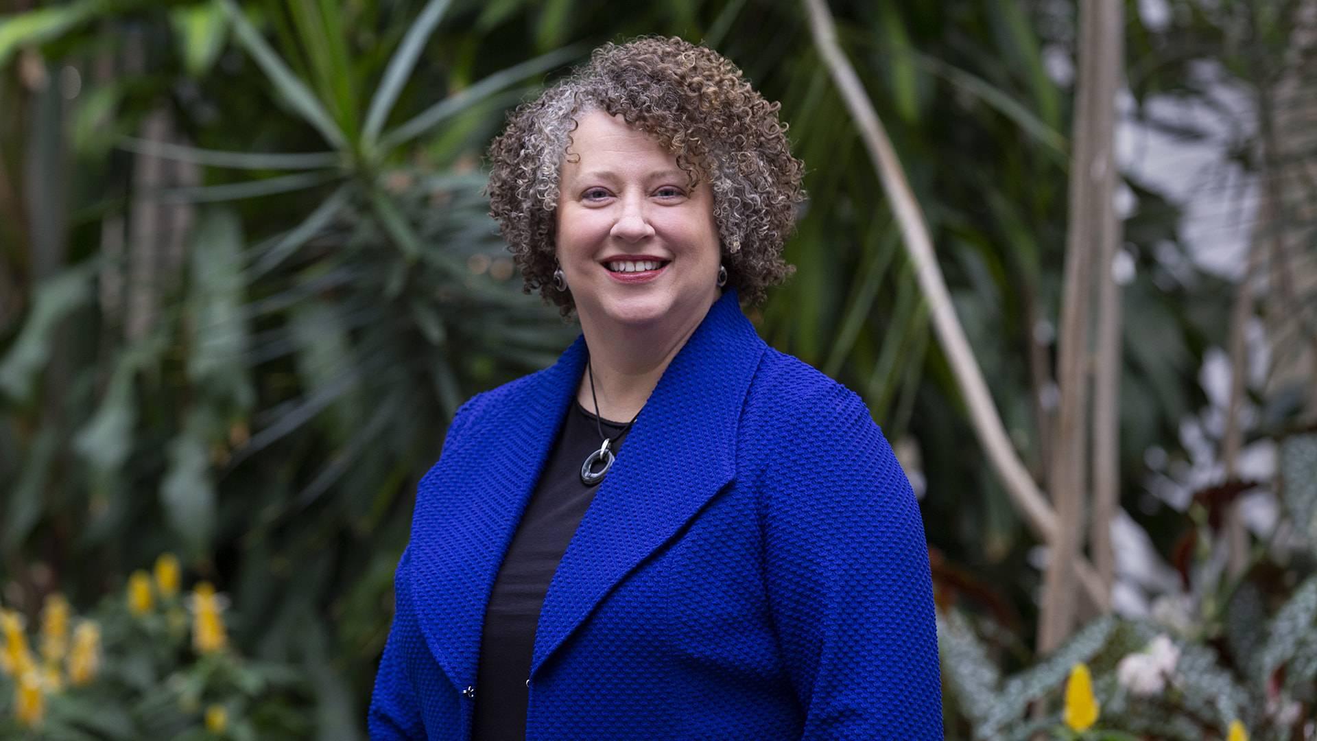 New director hopes to bridge gap between UHCL alumni, students