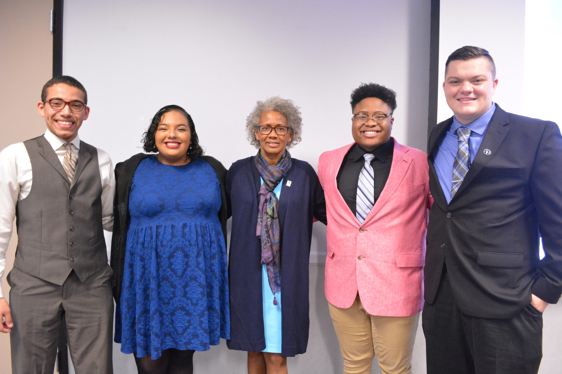 UHCL President Blake visits student leaders