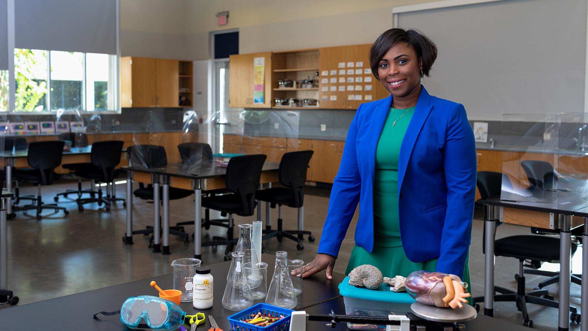 UHCLTeach's new master teacher follows passion for science
