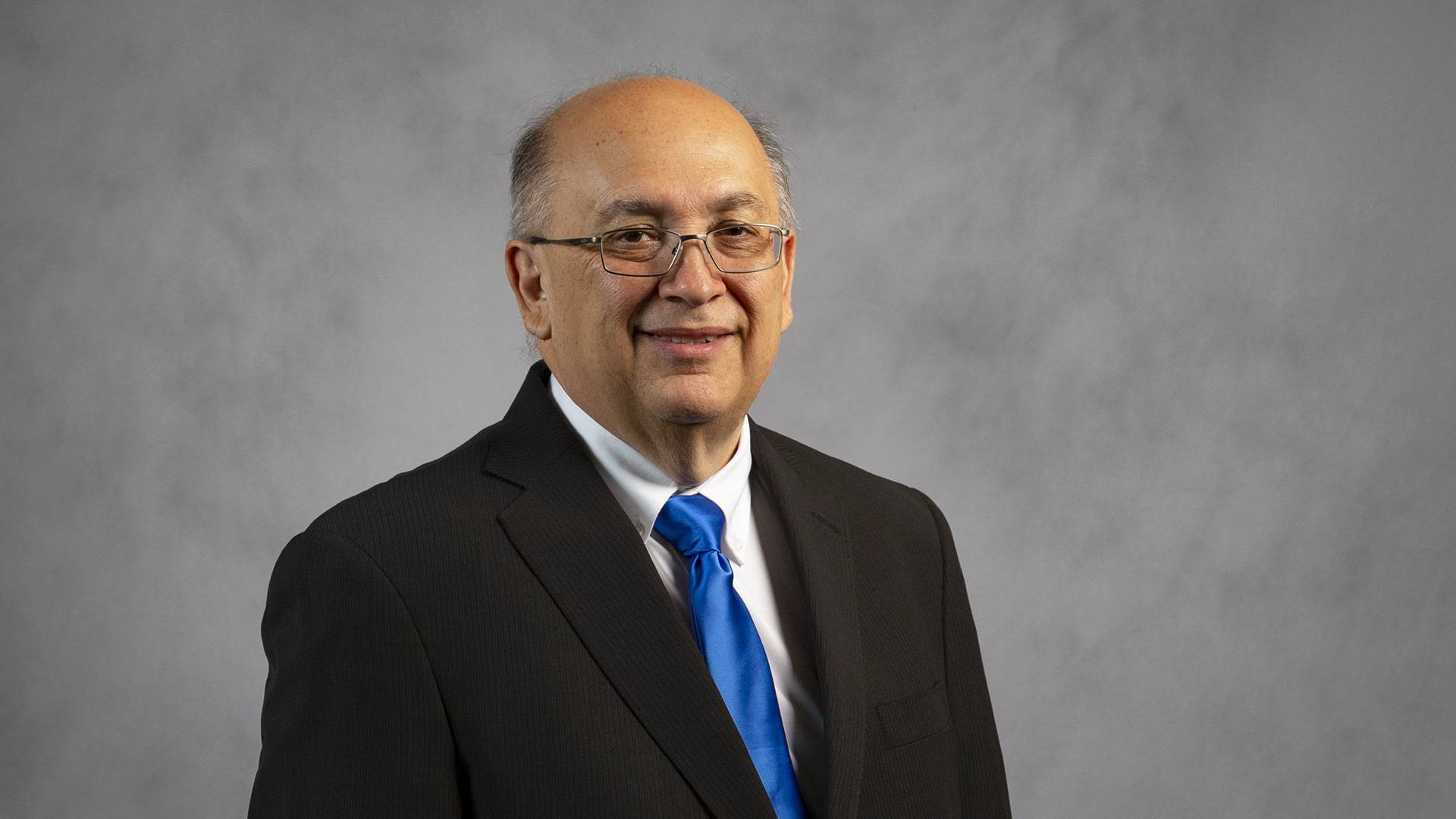 New dean's mission: build on UHCL's legacy of science and engineering
