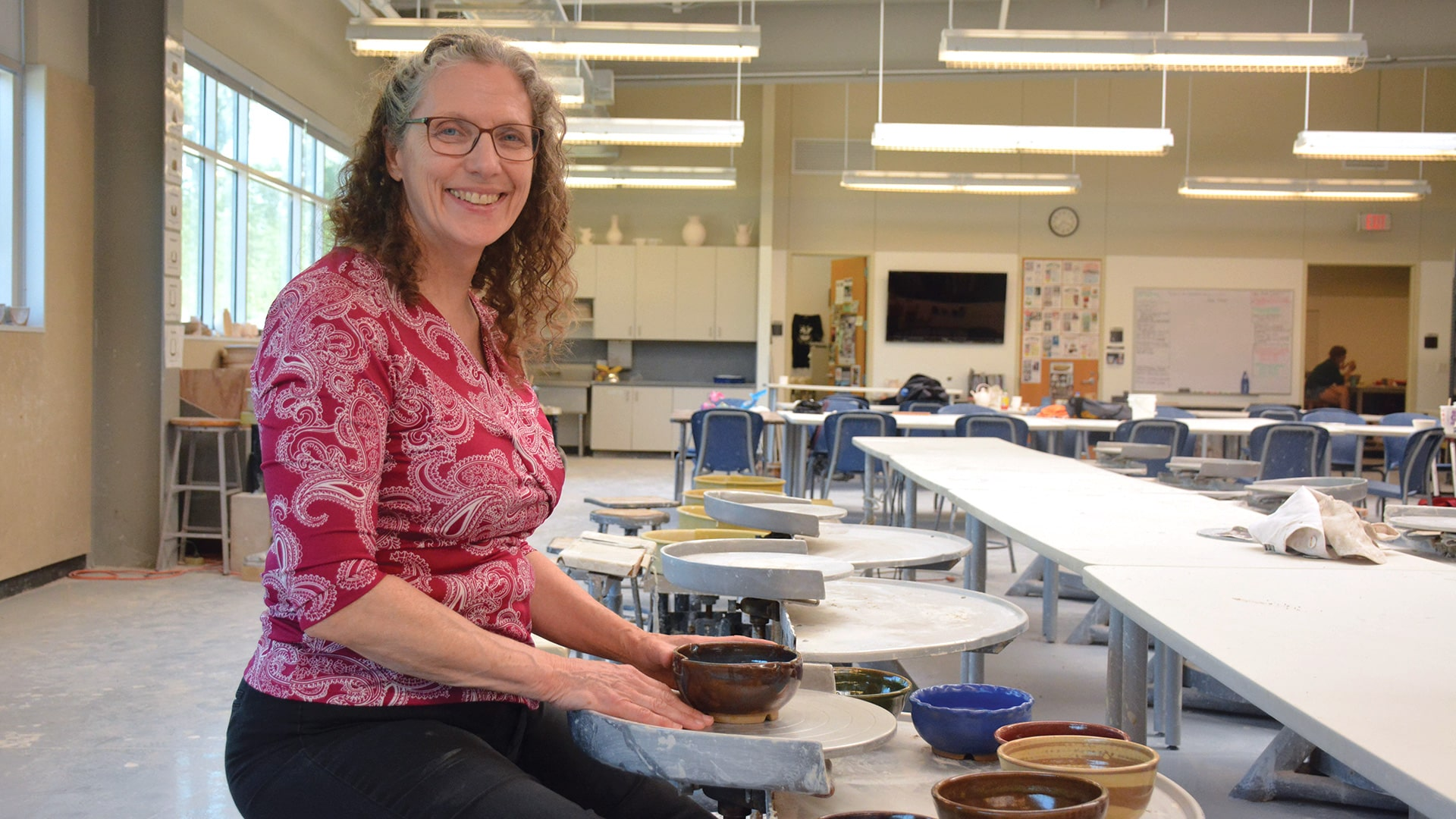 UHCL ceramist creates in commitment to help fight hunger in Houston