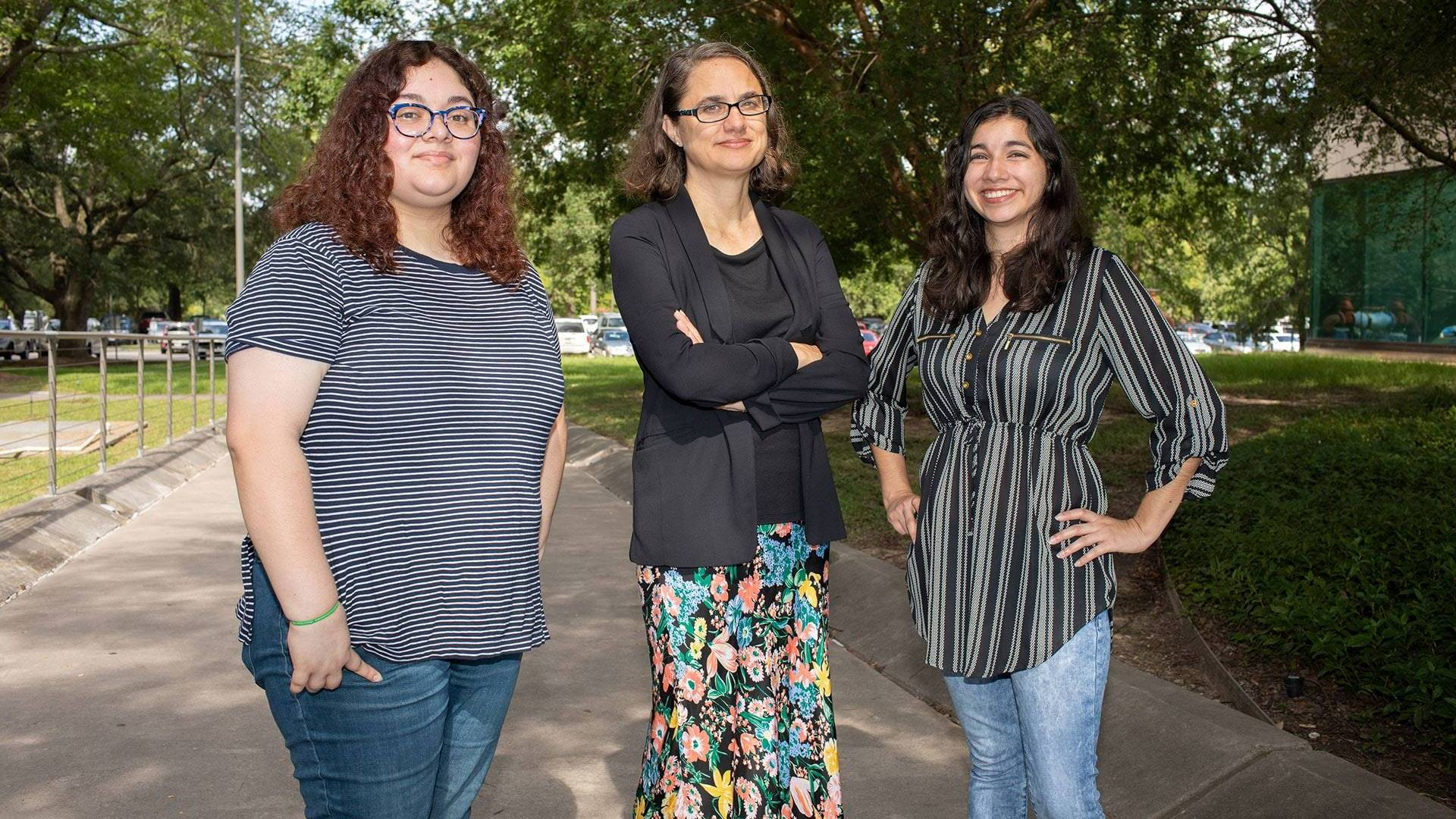 Anthropology prof and students win grant to study migrant health issues