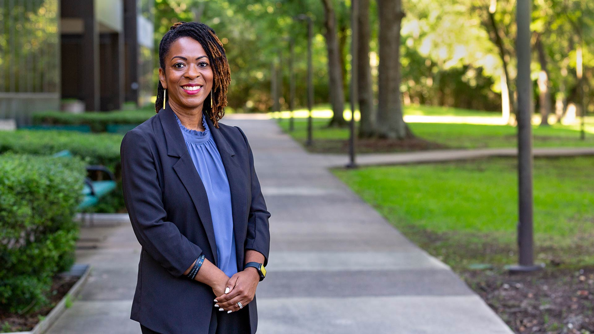 Alum named Principal of the Year, continues to aim high