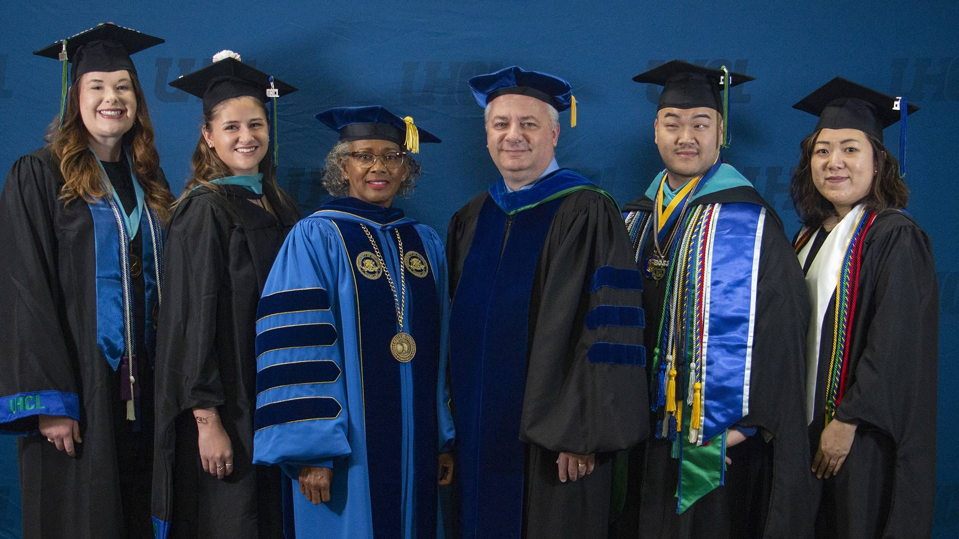 Students participate in UHCL fall 2019 commencement ceremony