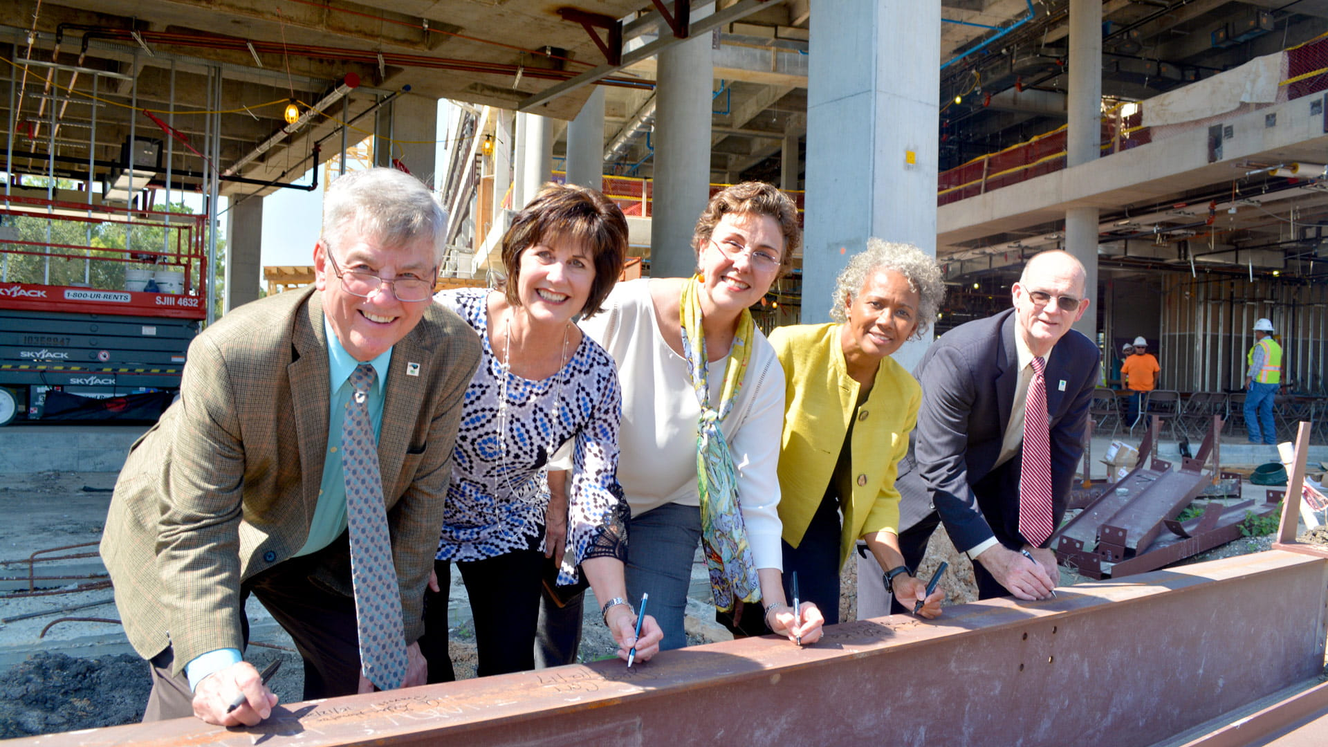 Topping out ceremony at UHCL's new STEM facility