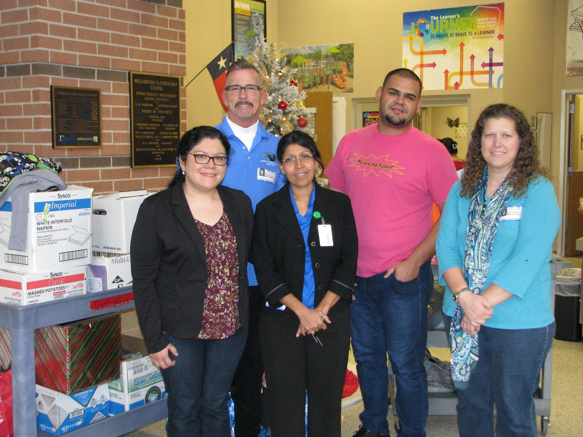 UHCL faculty, students donate to Spring Branch school