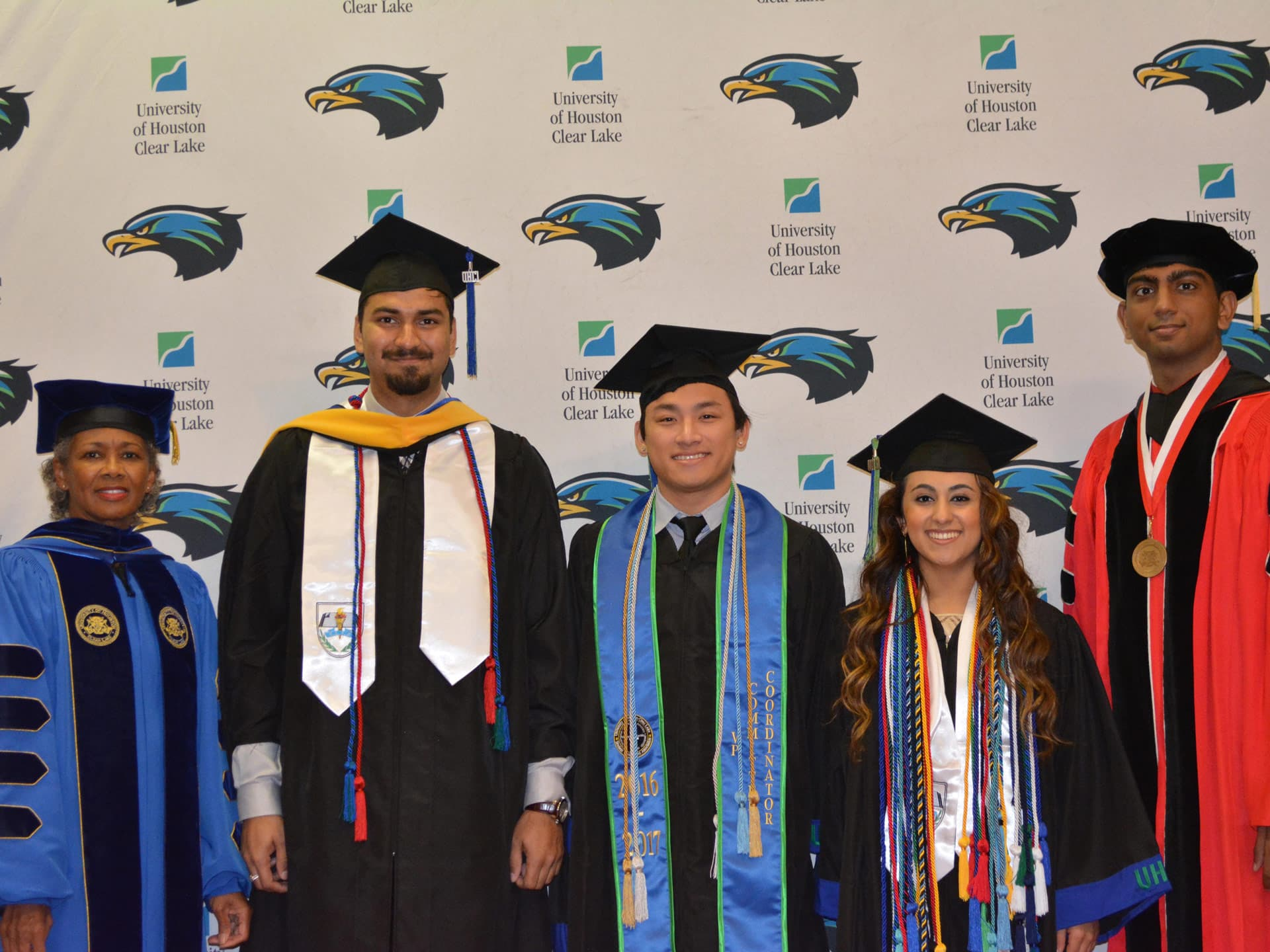 UHCL student dignitaries greet grads at commencement