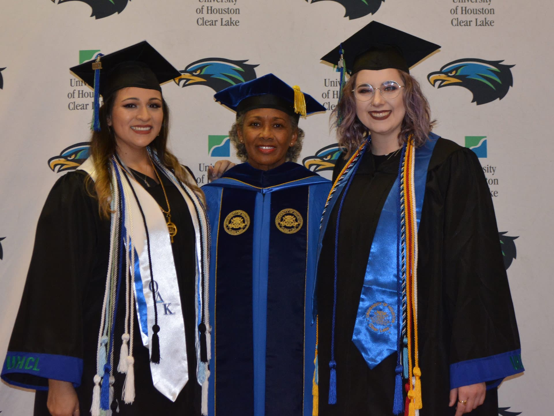 UHCL student representatives greet grads in afternoon ceremony